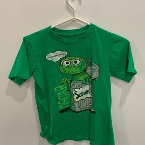 Size 12/14 kids tshirt by Sesame Street / Who doesn't love Oscar the grouch ???
